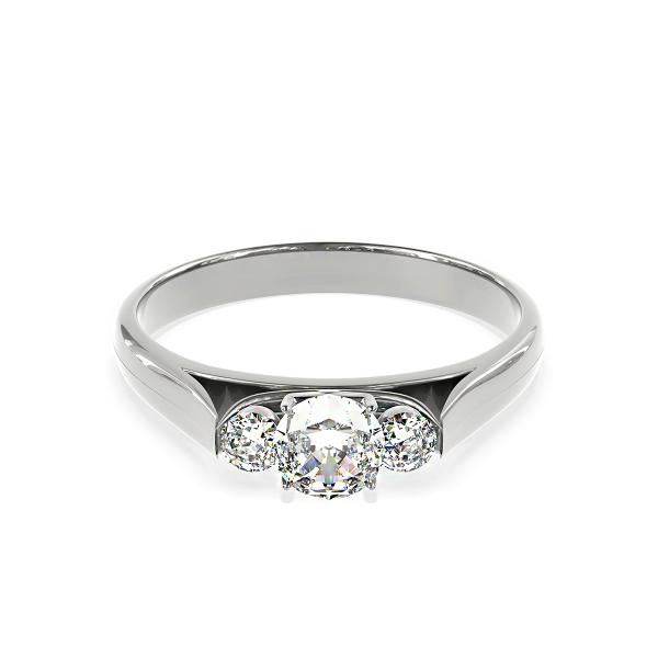 Златен годежен пръстен Lumier от бяло злато с три диаманта.