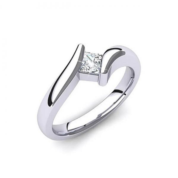 Златен годежен пръстен Angel с един централен диамант, нежен годежен пръстен